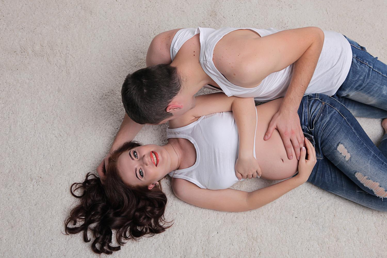 Фотосессия беременности с необычного ракурсу