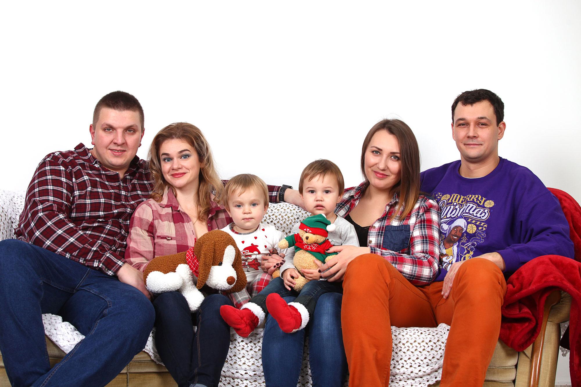 Семейная фотосессия в студи