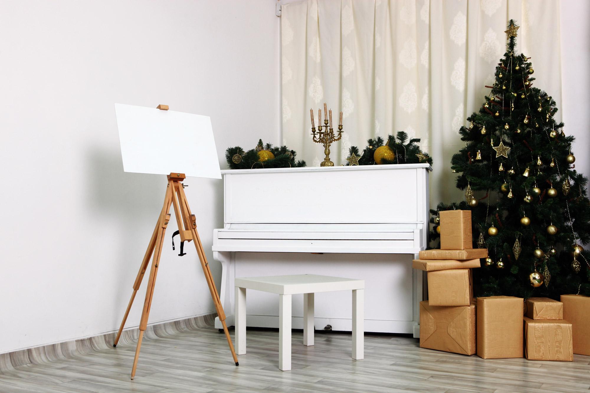 Аренда фотостудии в Киеве с пианино