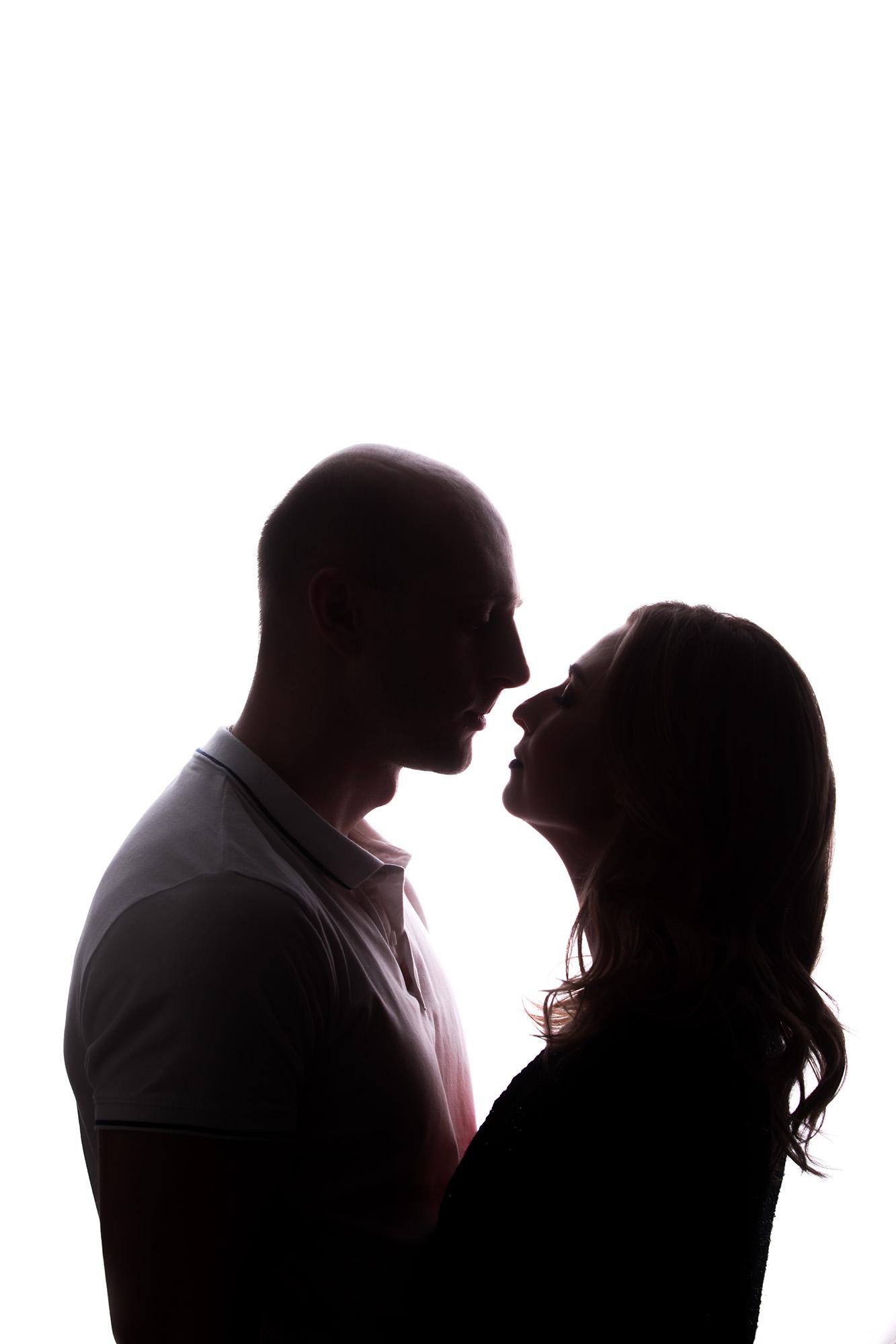 фотосессия на 8 марта, силуэтная фотография влюбленных, влюбленные